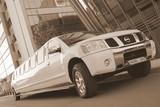 Limuzinu nuoma     4. NISSAN ARMADA                25 мест      Брутальный и узнаваемый внешний вид этого лимузина подарят ни с чем не сравнимое удовольствие поклонникам марки NISSAN